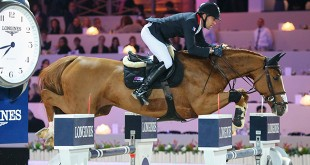 Longines Masters Paris. Gucci Gold Cup . Chesall. Delestre Simon (FRA).