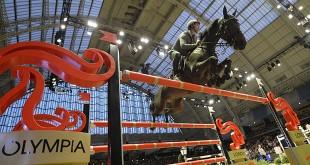 Emanuele Gaudiano (ITA) & Admara 2 dans le Grand Prix Coupe du Monde Longines de Londres 2015 (© Kit Houghton)