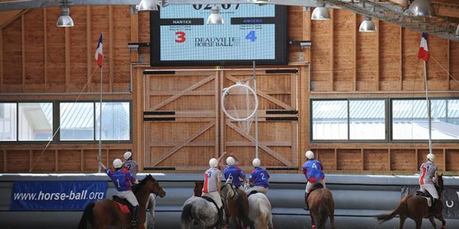 Deauville, étape du Championnat de France de Horse-ball Pro Elite (© X. Boudon / Pixizone.com)